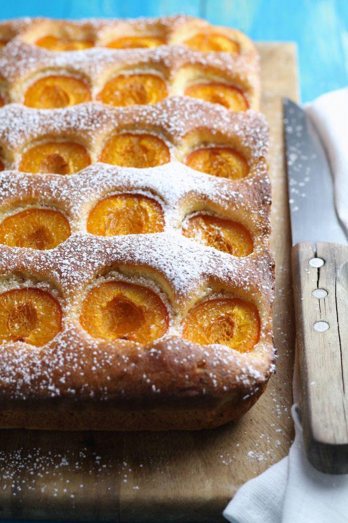 Summertime Apricot Cake