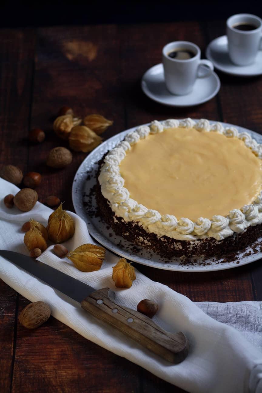 Eierlikörtorte German Advocaat Cake