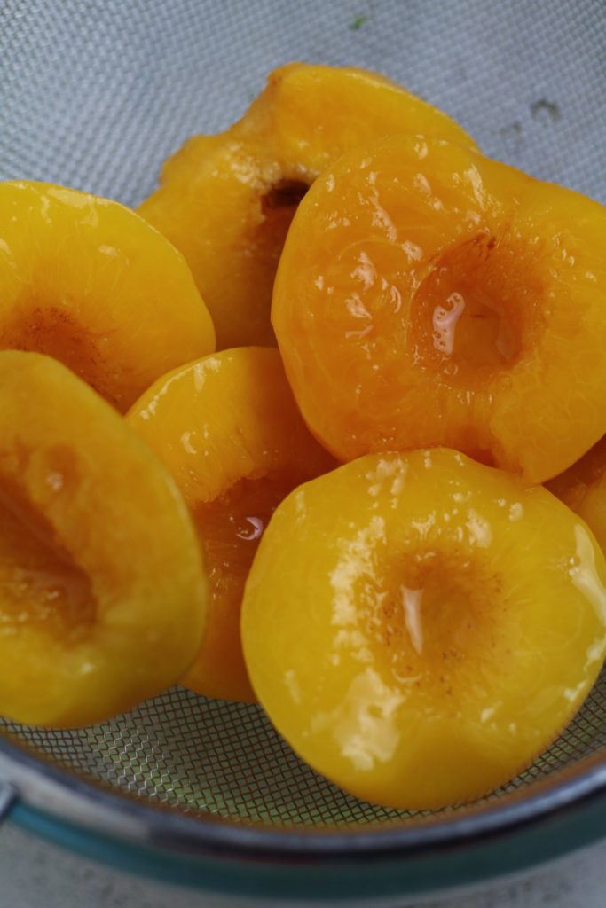 Tinned Peaches