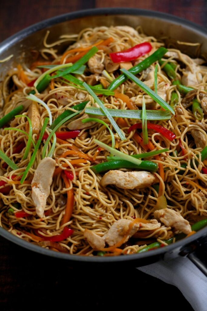 Easy Chicken Lo Mein Noodles