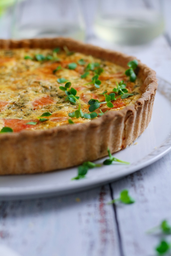 Herby Smoked Salmon Quiche has to be one of my desert island foods. There is no better filling than luxurious smoked salmon, tangy creme fraiche, spring onions and fresh herbs. This is a seriously flavoursome quiche.